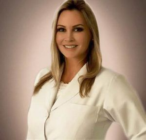 Dr Claudia Alves